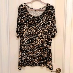 🌻 Animal Print Top Cable & Guage Plus Size 2X